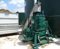 Vertikalshredder Rotacrex R1200 zur Festmistzerkleinerung