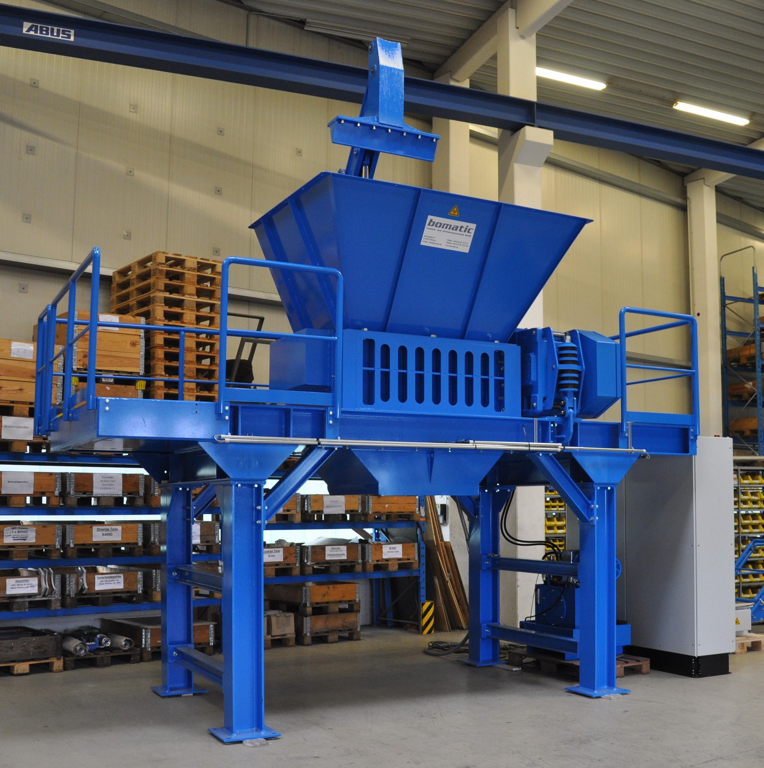 Rotorschere bomatic B1350S zur Zerkleinerung von IBC's und Gebinden