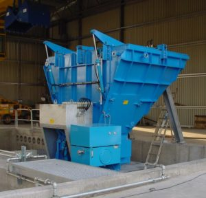 Rotorschere zur Zerkleinerung von Stahlfässern