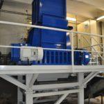 B1100DD zur Zerkleinerung von Stahlfässern